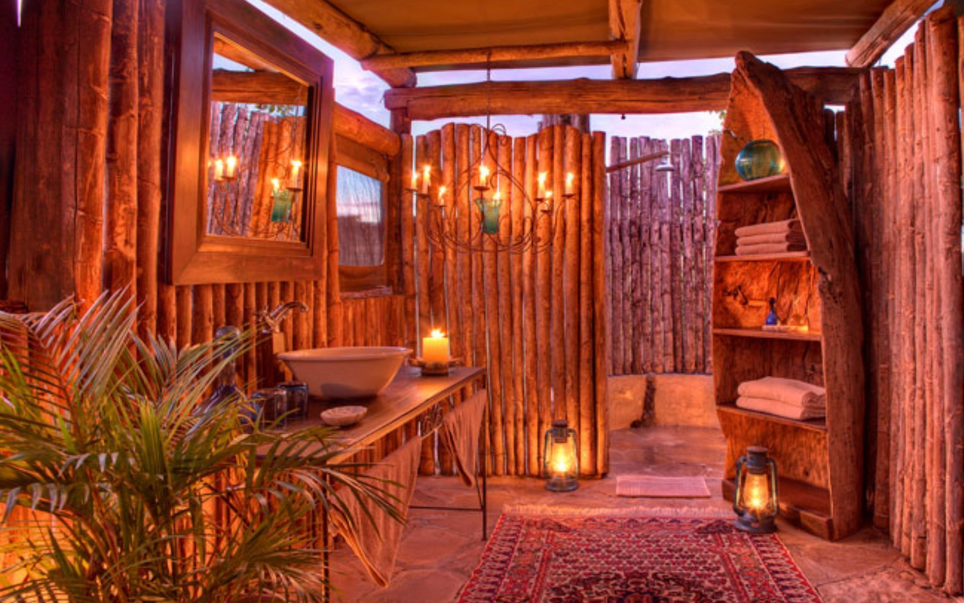 5 boutique safari camps in Kenya to unwind In: Richard's Camp Mara