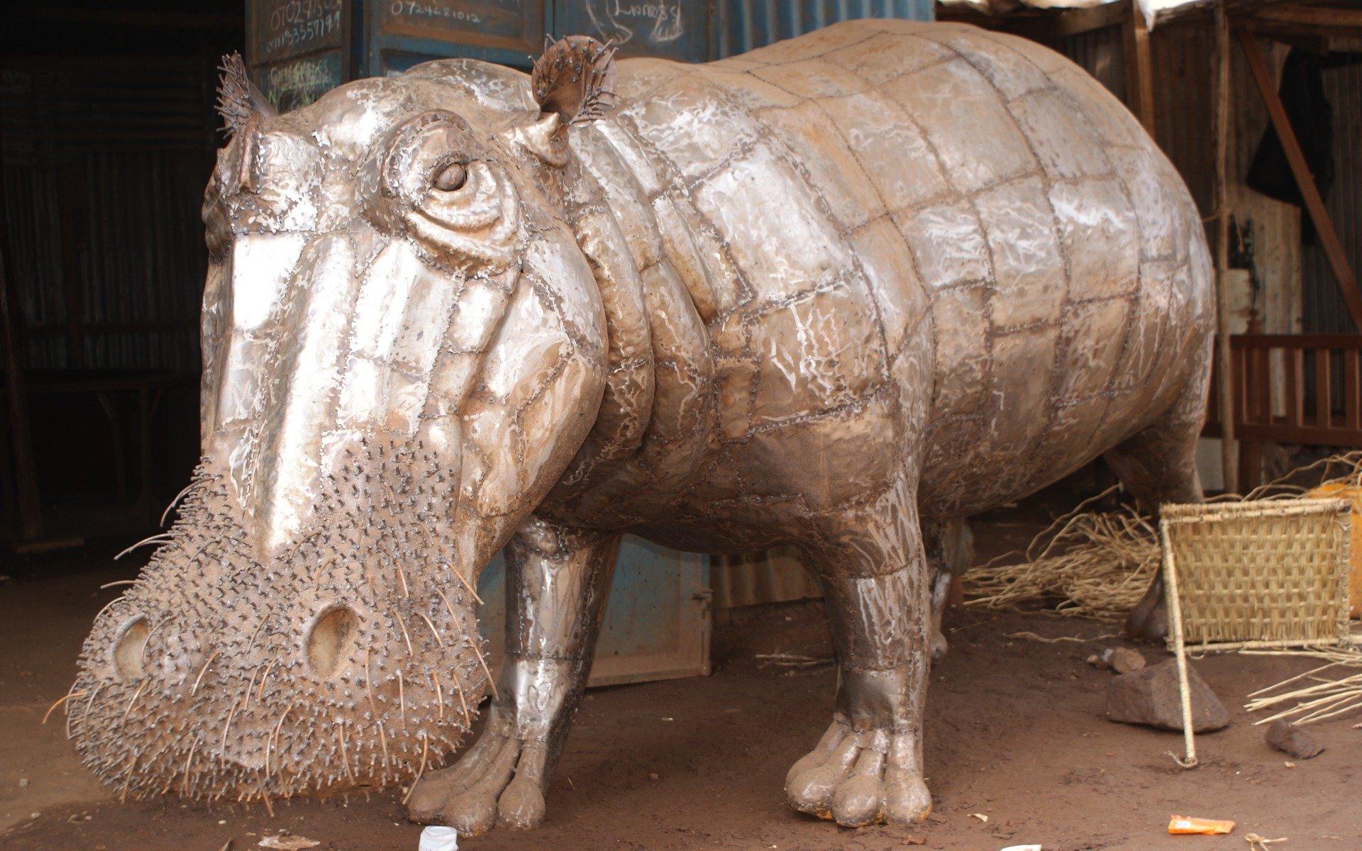 A Hippo statue by the Dagoretti Artisans