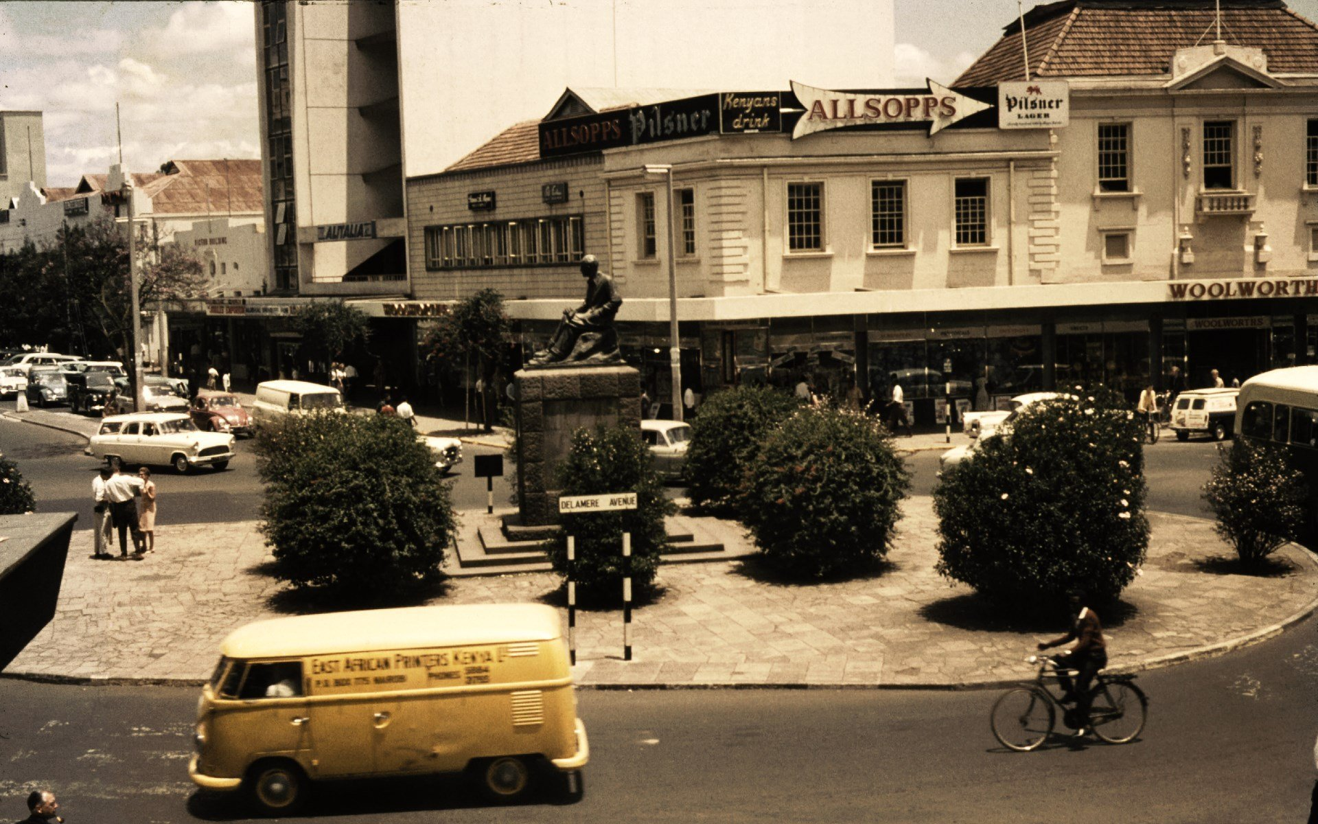 Lord Delamere's statue used to sit on the junction of Kimathi Street and Kenyatta Avenue. It was later removed from the city. A road bearing Delamere's name was also renamed. Photo courtesy of Howard Lee