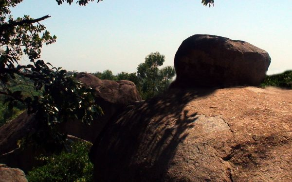 Along the Nyando river, lies the Luanda Magere Stone. They say it is where the grave of Luanda Magere, a warrior who could not be killed in battle lies.