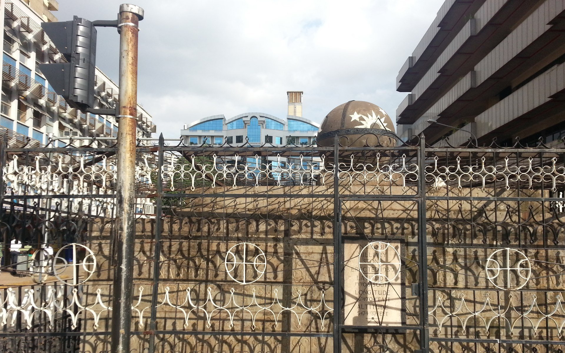 The Galton-Fenzi Memorial should be one of those monuments in Nairobi that elicits a lot of attention from travellers because of its history. It does not.