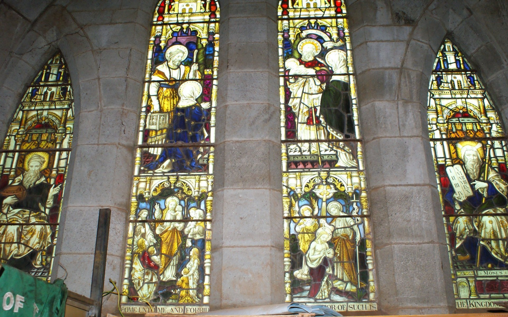 The art in the 6 windows represented nothing more than the armoury used in spiritual warfare according to Ephesians 6:10-18.