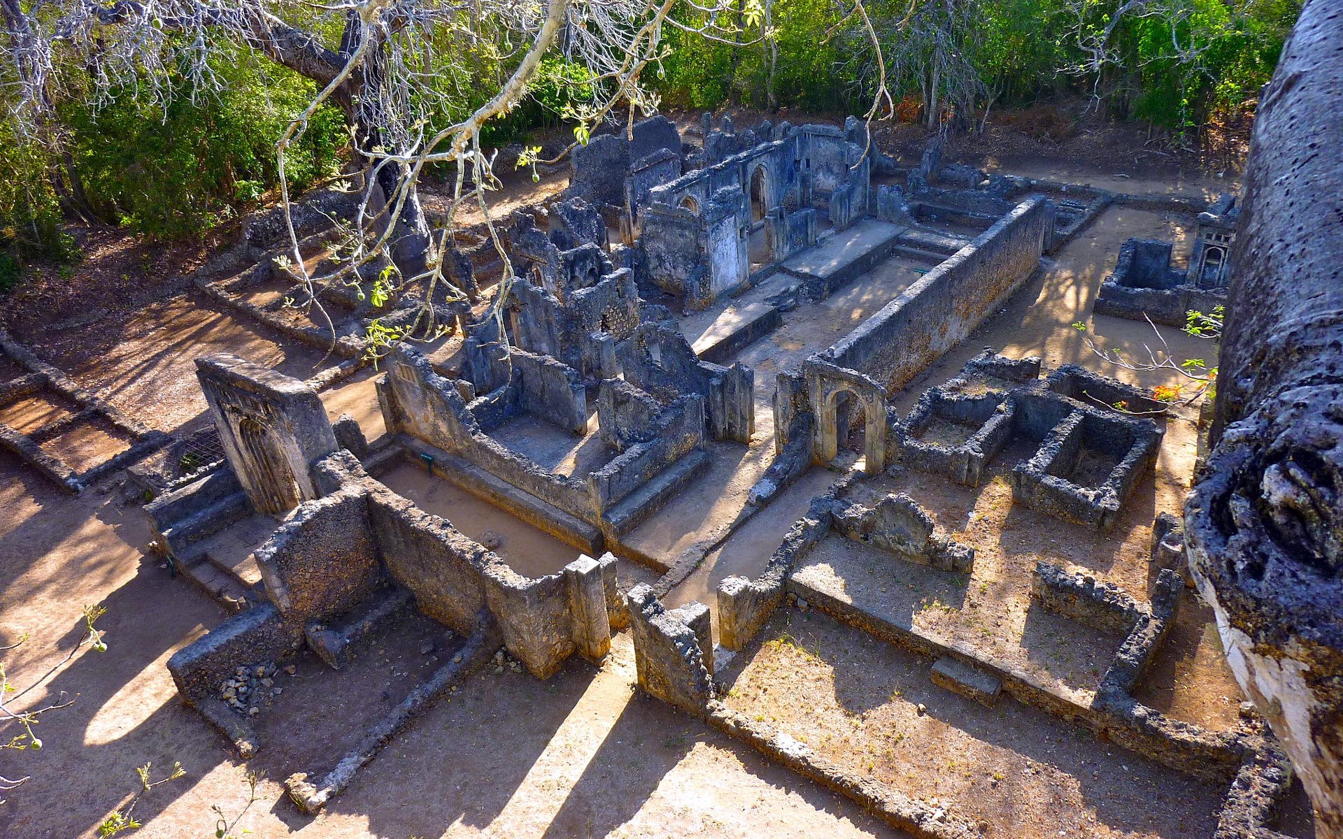 Gedi or Gede Ruins in Kilifi County are probably one of the most celebrated of old Kenyan ruins.